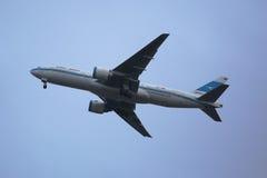 Kuwait Airways Boeing 777 descending for landing at JFK International Airport in New York Royalty Free Stock Photos