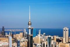 Kuwait City hat zeitgenössische Architektur umfaßt Lizenzfreies Stockfoto