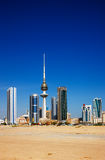 Kuwait City hat zeitgenössische Architektur umfaßt Stockbilder