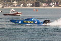 Kuwait, das Team Powerboat läuft Lizenzfreie Stockfotografie