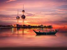 Kuwait-Kontrollturm im Frühjahr Stockfoto