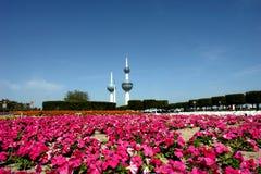 Kuwait-Kontrollturm im Frühjahr Lizenzfreies Stockbild