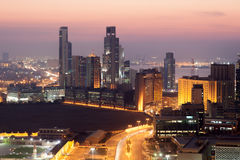 Kuwejt miasto przy nocą Zdjęcie Stock