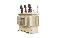 100 kVA油浸的变压器 库存照片