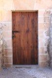 Kvadrerad medeltida ytterdörr Royaltyfri Fotografi