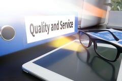 Kvalitet och service, kvalitet - service - pris Arkivbilder