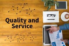 Kvalitet och service, kvalitet - service - pris Royaltyfria Bilder