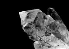Kvartar kristall med makrolense royaltyfria bilder