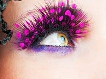 Kvinnaögon med ögonfranser Arkivfoto
