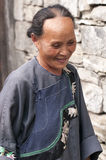 Kvinna av Miao Minority Royaltyfria Foton