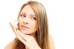 Kvinna för Ð-¡ ute med naturlig makeup Arkivfoton