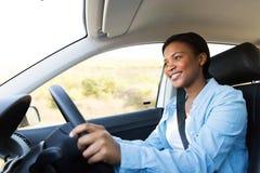 kvinna för bilkörning royaltyfri foto