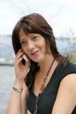 kvinna för celltelefon Arkivfoton