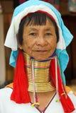 kvinna för dong lång halspia Fotografering för Bildbyråer