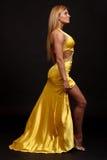 kvinna för klänningaftonkondition Arkivbilder