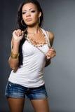 kvinna för mulattskjorta t Royaltyfria Bilder