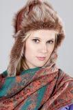 kvinna för pälshatt Arkivfoto