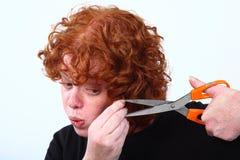kvinna för red för cuttinghårhuvud royaltyfria foton