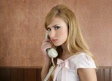 kvinna för sekreterare för affärskvinnakontor retro Arkivfoton