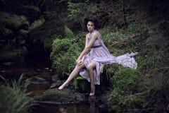 kvinna för skönhetnaturlandskap Arkivbilder