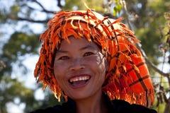 Kvinna för stam Pa-o med betelpacken, Myanmar Arkivfoton