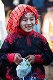 Kvinna för stam Pa-o, Myanmar Fotografering för Bildbyråer