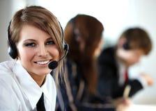 kvinna för tekniker för hörlurar med mikrofon för felanmälansmitt fotografering för bildbyråer