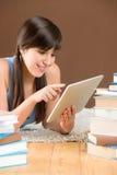 kvinna för touch för tonåring för study för datorskärm Arkivfoto