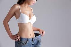 Kvinna för viktförlust Royaltyfria Foton