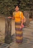 Kvinna från Myanmar royaltyfria foton
