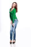 Kvinna, i att posera för jeans royaltyfria bilder