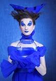 Kvinna i blått Royaltyfri Bild