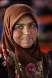 Kvinna i bondemarknaden Arkivfoton
