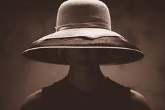 Kvinna i hatt Royaltyfri Foto