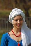 Kvinna i historisk dräkt Royaltyfri Foto