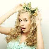 Kvinna i krona royaltyfria bilder