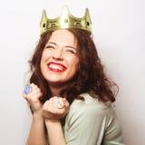 Kvinna i krona royaltyfria foton