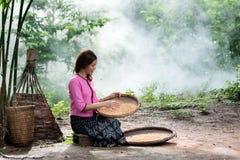 Kvinna i lokalen Thailand Arkivbild