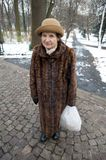 Kvinna i Polen som slitage päls royaltyfria foton