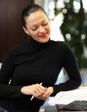 Kvinna i regeringsställning Royaltyfria Bilder