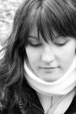 Kvinna i scarf Royaltyfri Foto