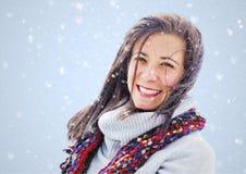 Kvinna i snö Royaltyfri Foto
