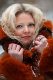 Kvinna i snowvinterskog Royaltyfri Bild