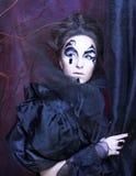 Kvinna i svart Arkivfoton