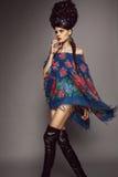 Kvinna i traditionell ryssklänning Fotografering för Bildbyråer