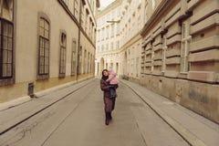 Kvinna med barnet Royaltyfri Foto