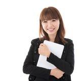 Kvinna med datorminnestavlan royaltyfria foton