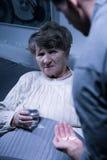 Kvinna med demens royaltyfri fotografi
