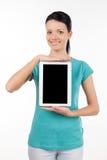 Kvinna med den digitala minnestavlan. Arkivbilder