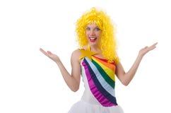 Kvinna med den isolerade färgglade peruken Arkivbilder